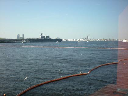 09.06山下埠頭から横浜湾.jpg